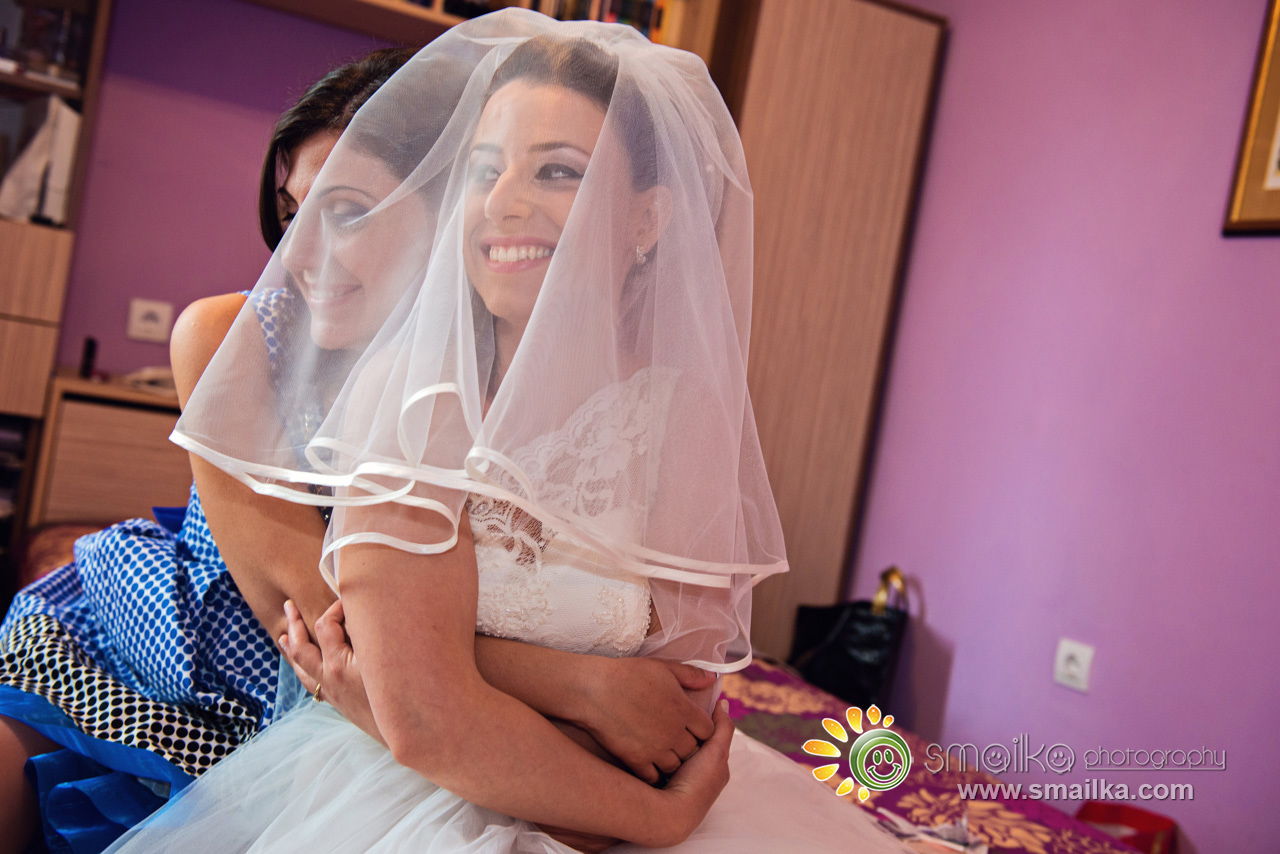 Bride preparation photography