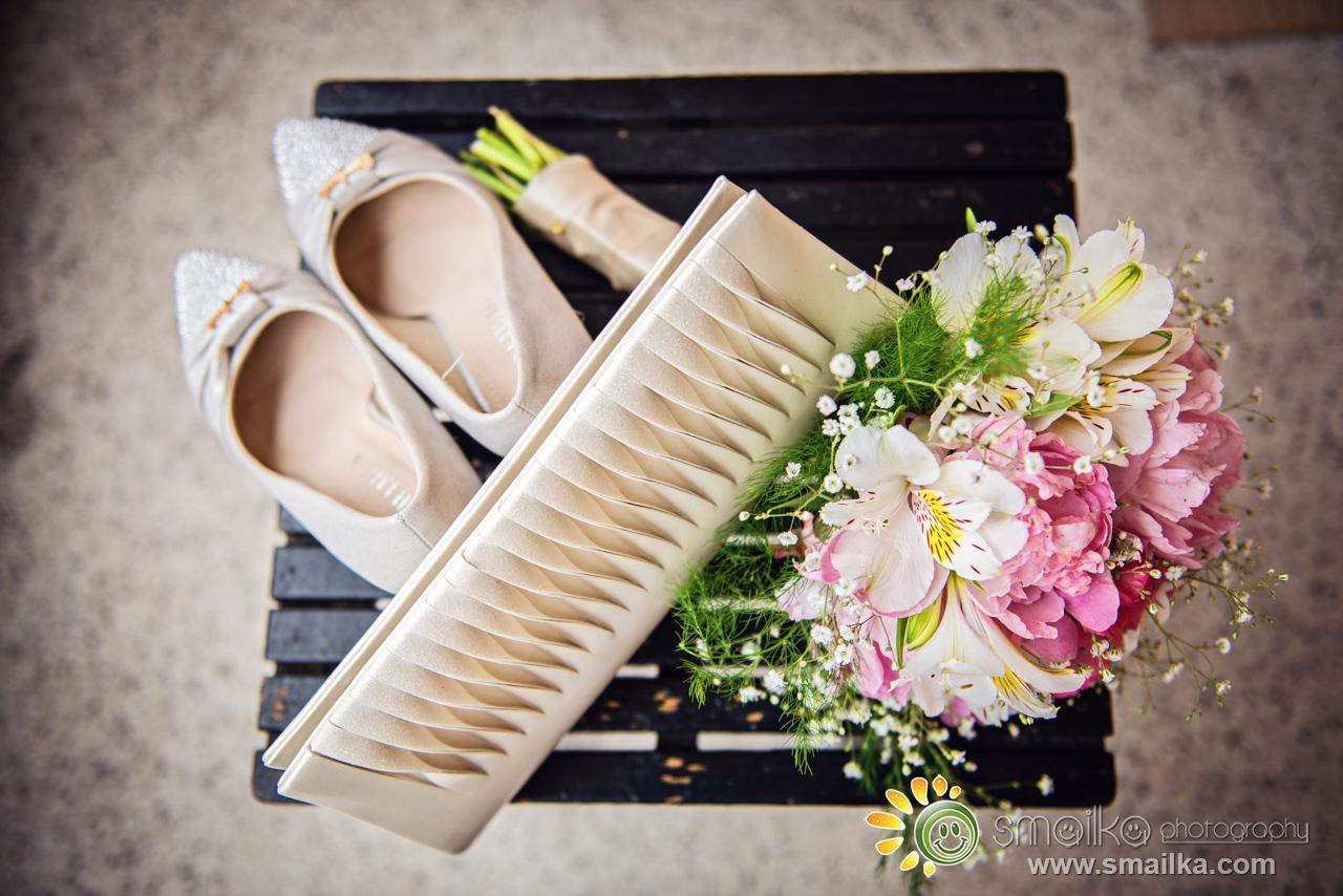 Bride accessories shoes a bag bouquet