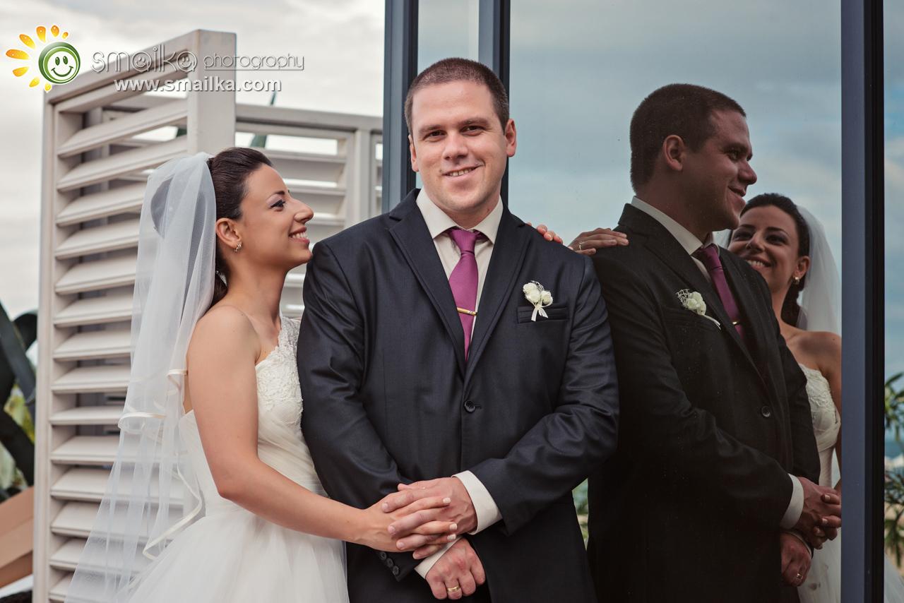 Wedding photosession newlywed couple