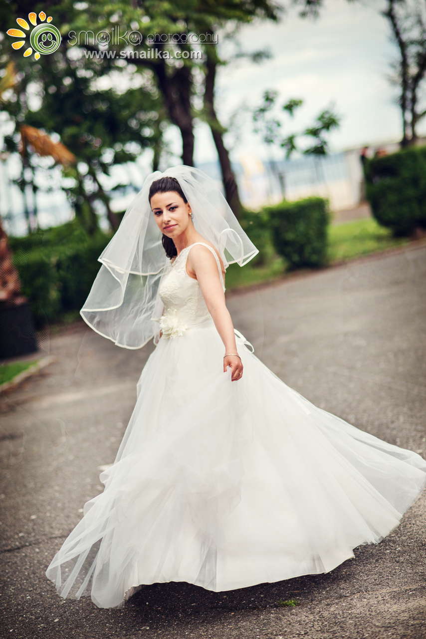 Wedding photosession bride portrait
