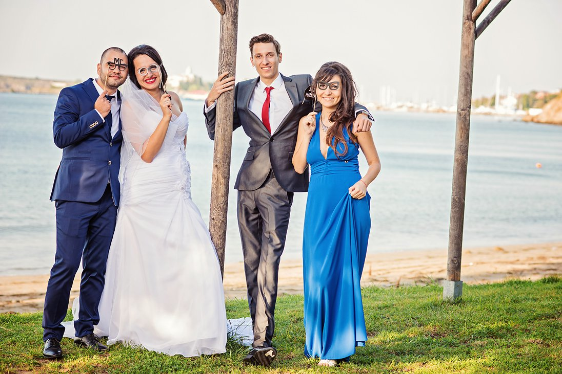 Wedding photosession on the beach