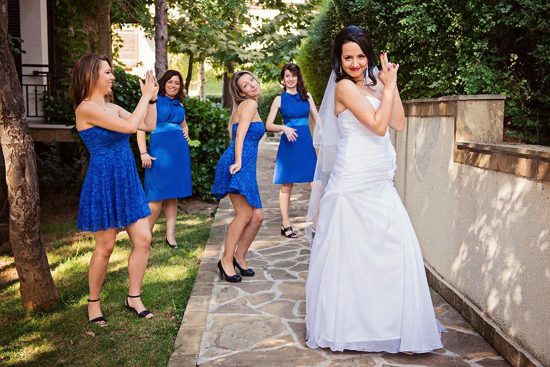 Bond style bride