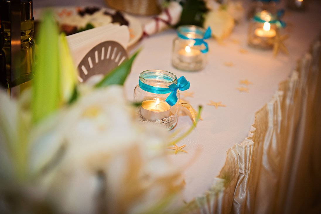 Wedding decoration candles in blue