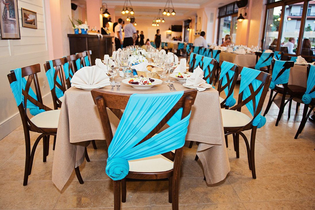 Santa Marina blue wedding table decoration