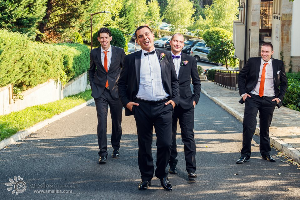 Wedding photography groom and best men photo