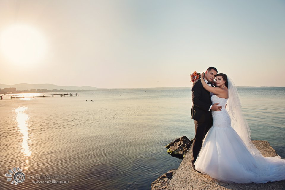 Wedding photosession Sozopol photo by the sea
