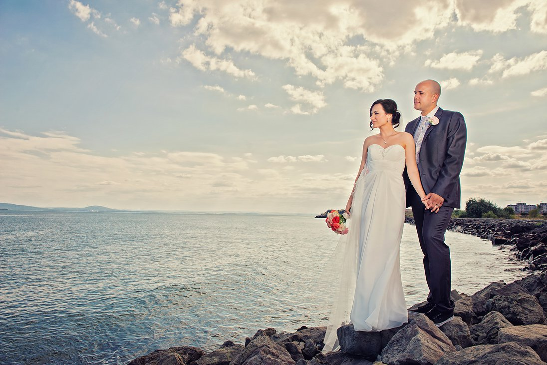 Kalina and Peter wedding photosession near the sea