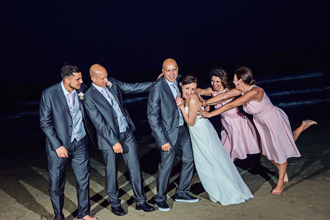Fun at the wedding photosession at night