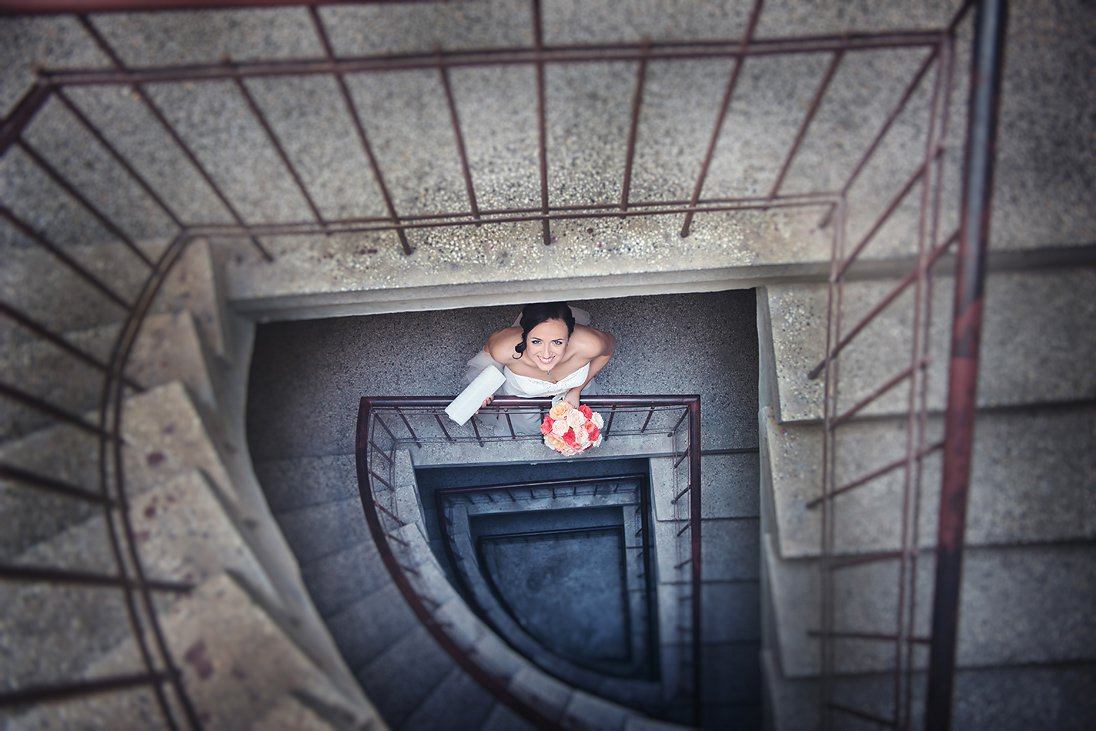 Bride photosession the spiral of stairs