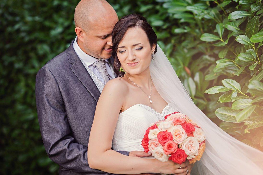 Wedding couple newlyweds outdoor photosession