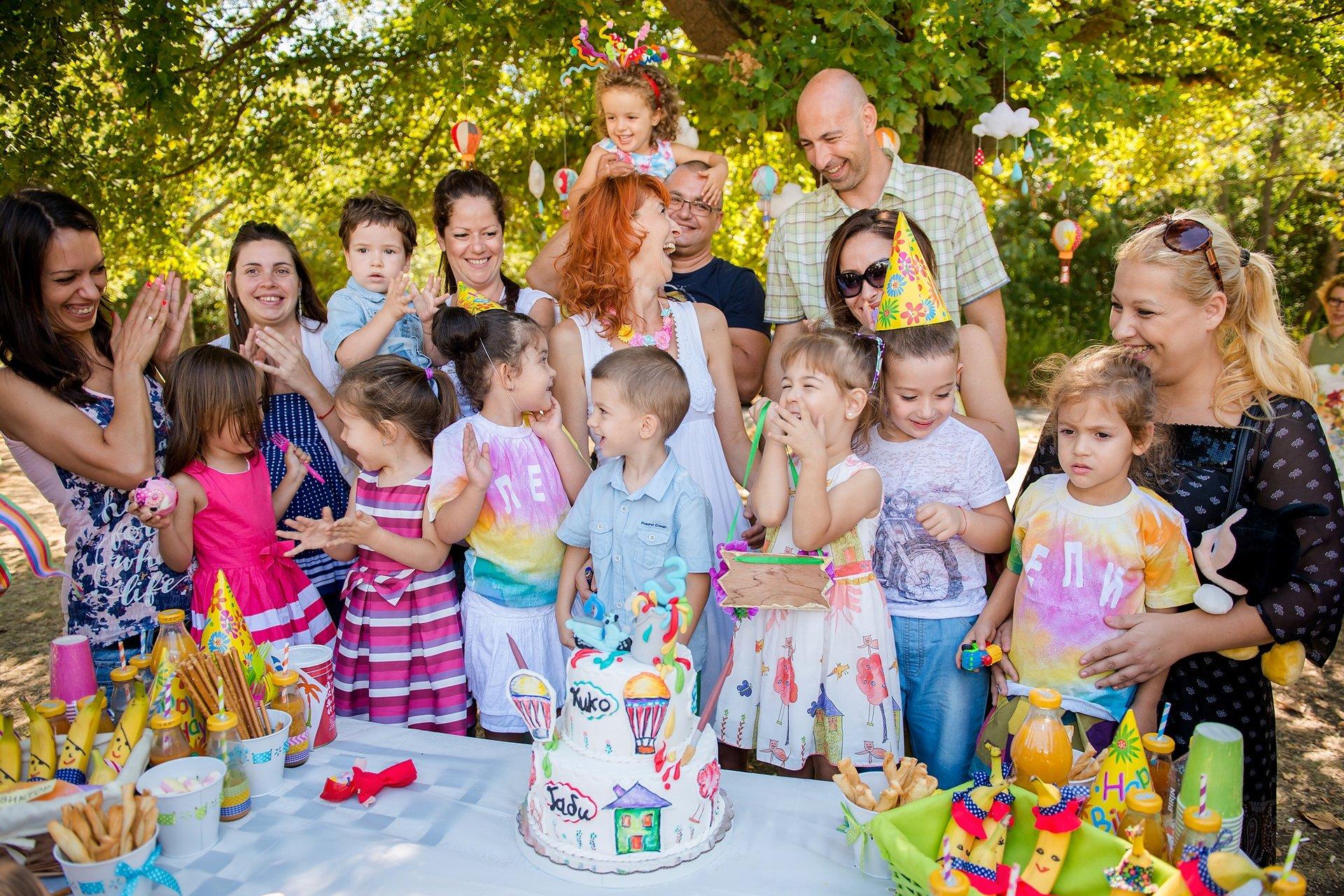 Радост и усмивки на детските рождени дни.