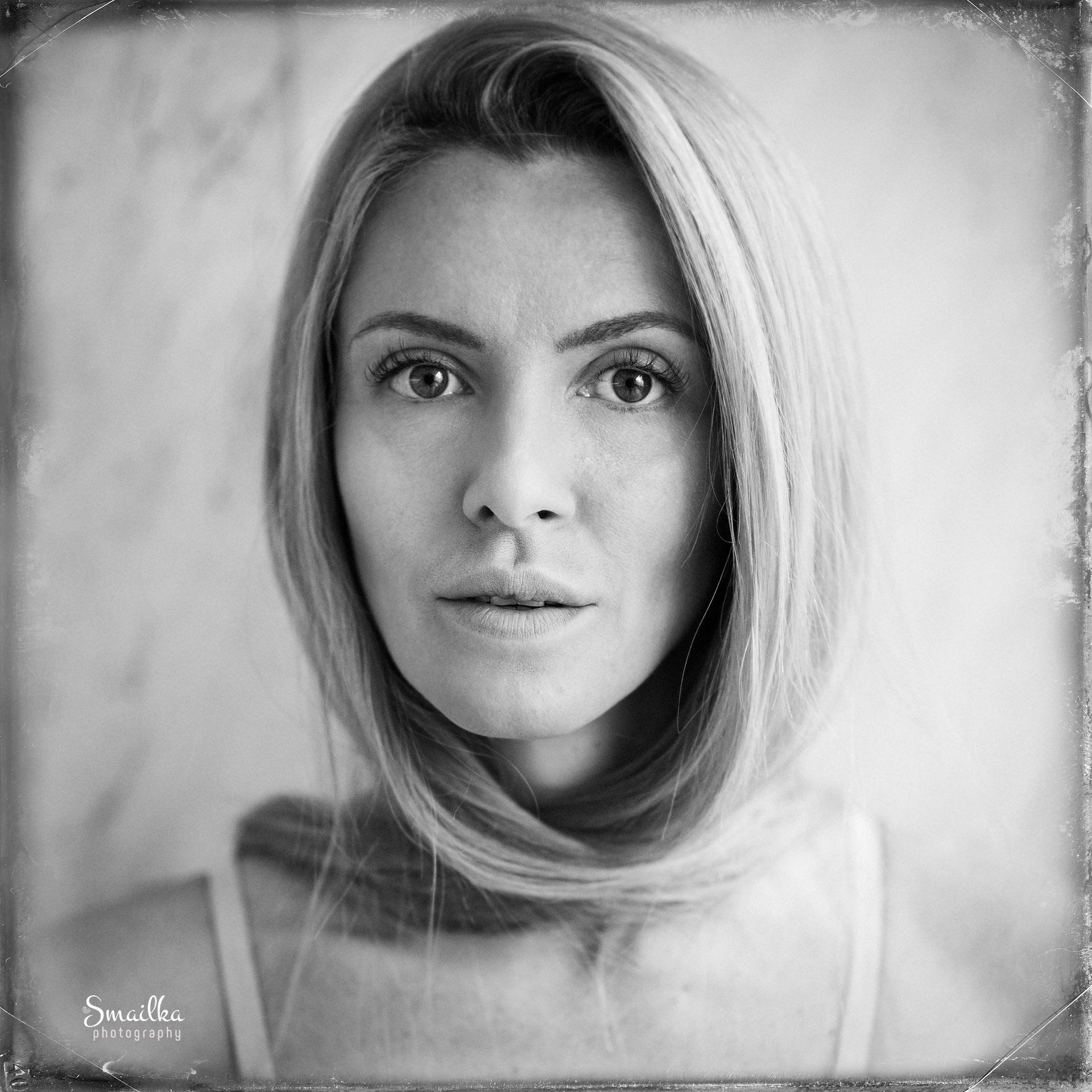 Yanica Dobrich, portrait of a woman
