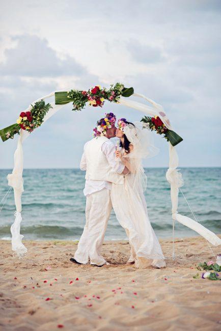 Photo 25 from Деси и Мартин – лежерна бохо сватба на плажа!