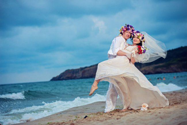 Photo 35 from Деси и Мартин – лежерна бохо сватба на плажа!