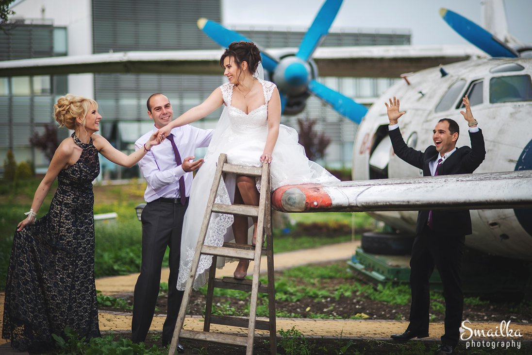Wedding Photosession in an Airplanes base