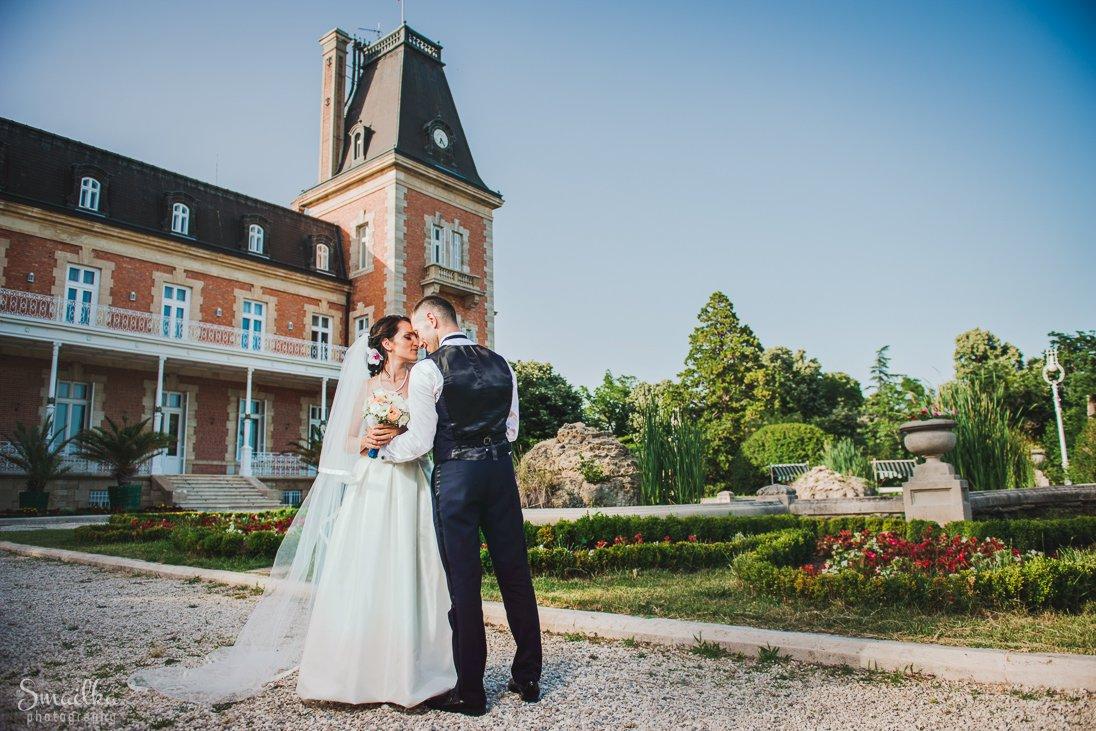 Wedding photosession at Euxinograd palace