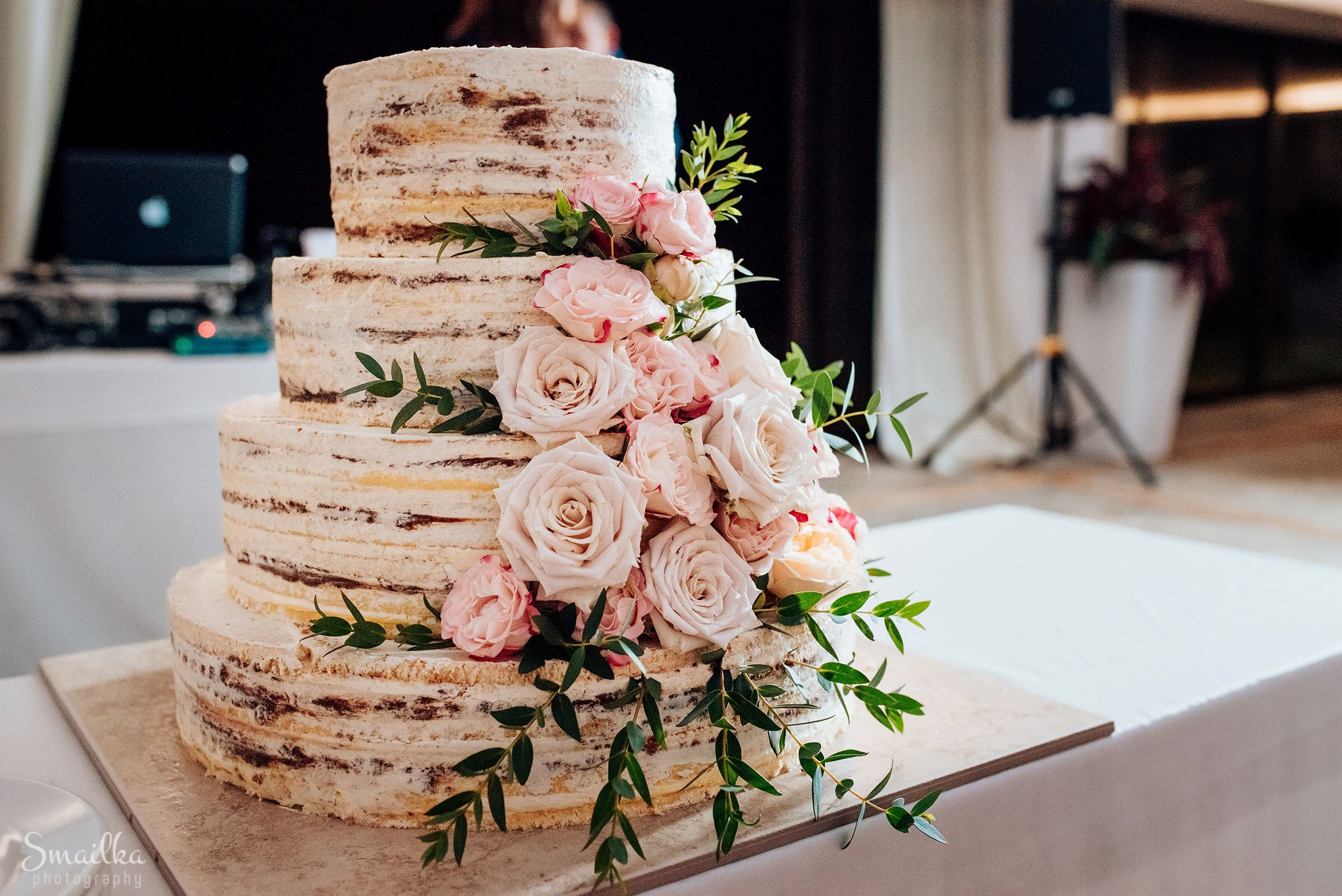 Wedding cake of Ana and Boz at Black Sea Rama