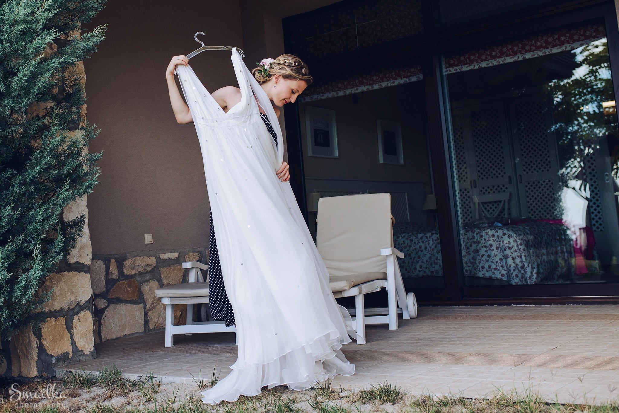 Bride Ana at Black Sea Rama