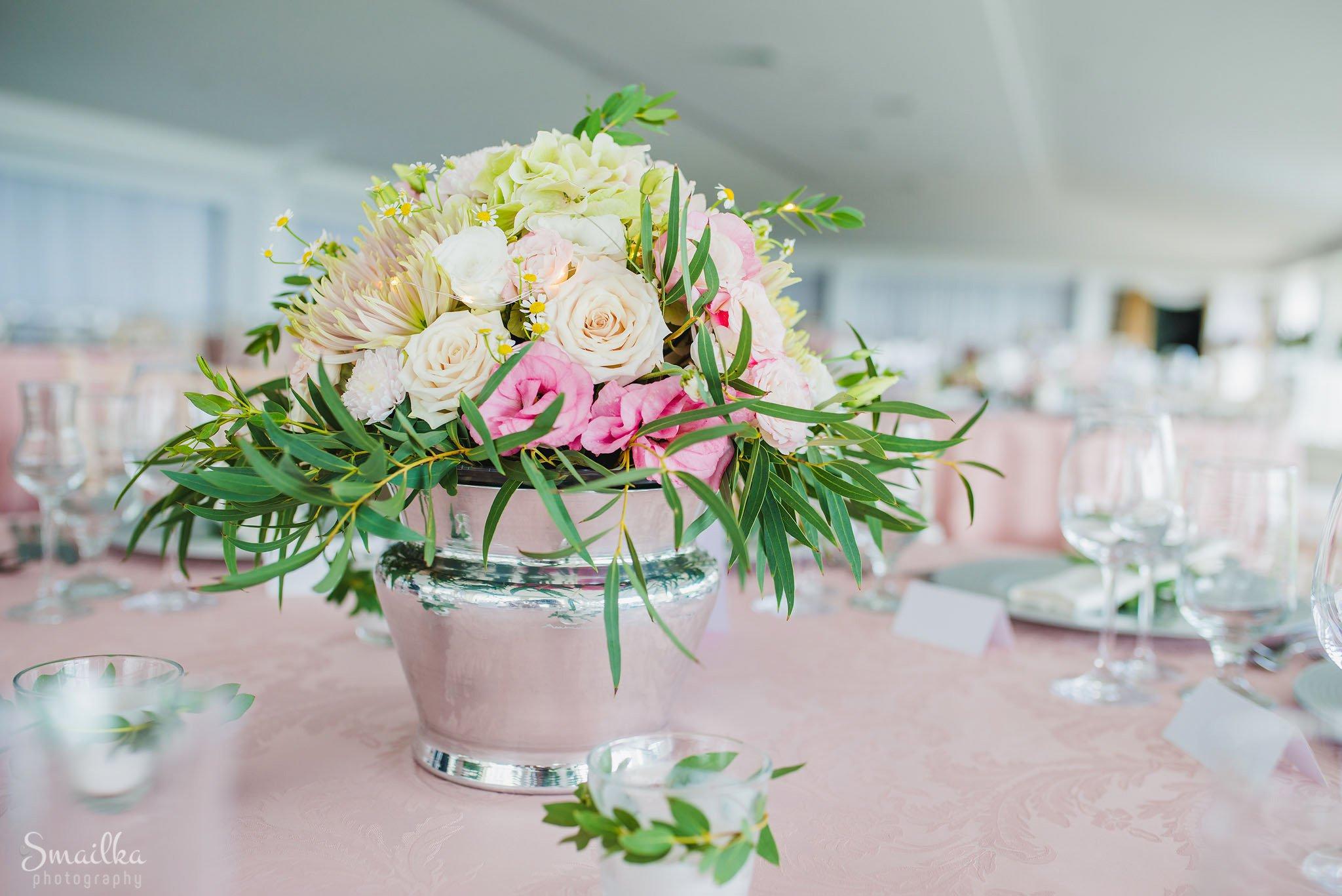 wedding decoration bouquet at Black Sea Rama