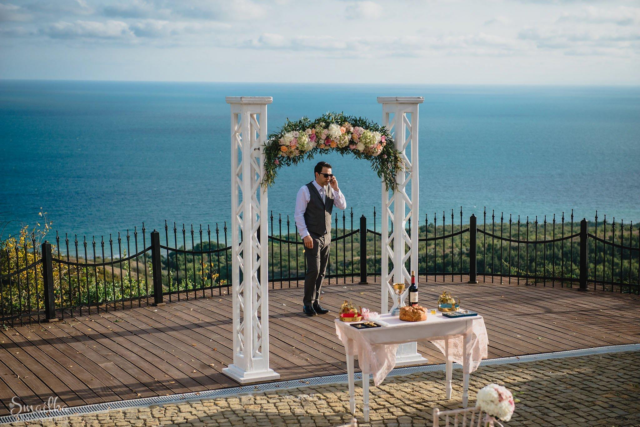 Groom at the wedding arc at Black Sea Rama